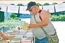 Knihy na dovolenou seženou lidé v Bohumíně už za pětikačku.