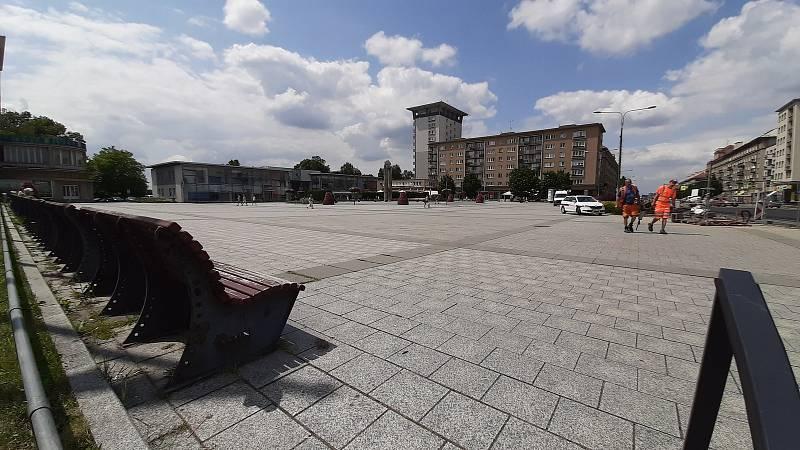 Havířov, centrum, náměstí Republiky.