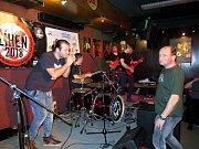 Mezinárodní soutěž amatérských hudebníků Líheň, ve čtvrtek 8. března odstartovala.