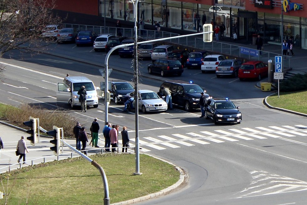 Zákrok zásahové jednotky v centru Havířova.