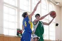 Karvinští basketbalisté pokračují v oblastním přeboru ve střídavých výkonech.