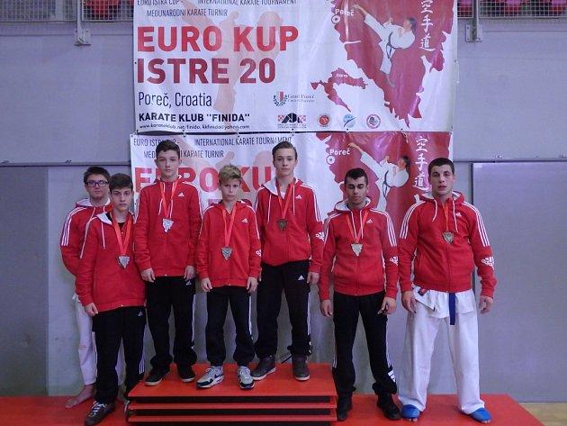 Havířovští karatisté začínají bodovat ivevropských turnajích.