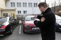 Městská policie Havířov používá moderní aplikaci na rozpoznávání registračních značek.