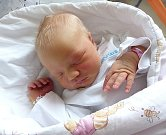 Karolína Sýkorová z Dolní Lutyně se narodila 17. srpna. Měřila 50 cm a vážila 3 860 g. Maminka Lenka Sýkorová.