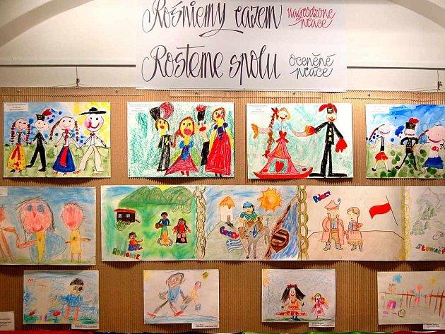 Děti z Karviné vystavovaly své práce.