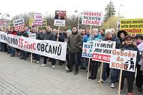 Demonstrace za záchranu orlovské nemocnice. Ilustrační foto.