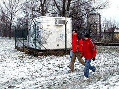 Stanice sloužící k nepřetržitému měření znečištění ovzduší. Ilustrační snímek.