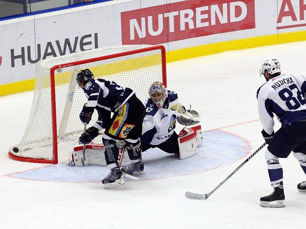 Havířovští hokejisté jsou nadále ve hře o šestou pozici.