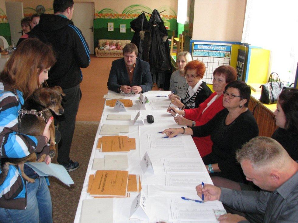 Volební okrsek 5 v centru Havířova.