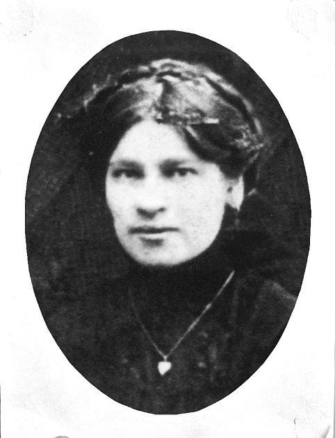Alžběta Petrášová.