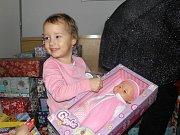 Dárkové krabice od bot poputují například i do Charitativního domu pro matky v tísni v Českém Těšíně či do Azylového domu pro ženy a rodiny s dětmi Sára v Petrovicích.