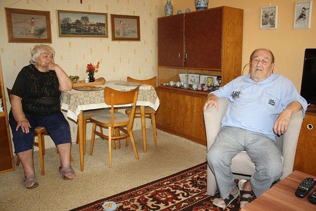 Marie a Josef Ruskovi se sJanem Třískou setkali vroce 1962, když byl vKrnově na vojně.