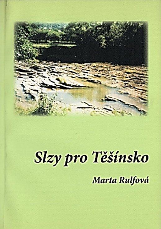 Napsala knihu Slzy pro Těšínsko.