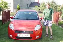 Jedno z ukradených aut už mají manželé Kiszovi doma.