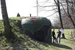 O bunkry se stará Klub vojenských historiků v Chotěbuzi.