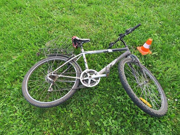 Horské kolo, na kterém cyklista havaroval.