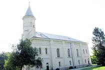 Kostel v červenci 2012.