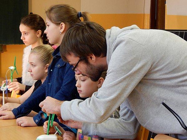 Školáci navštívili dílny a učebny střední školy vHavířově.