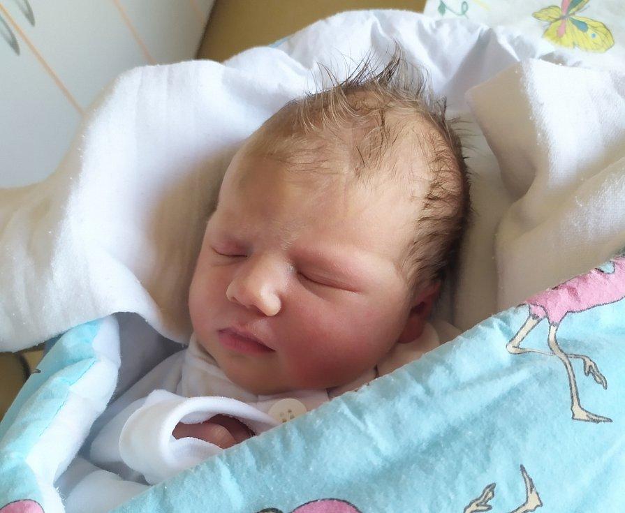 Emma Körmendyová se 6. května narodila rodičům Andree a Janu Körmendy. Po narození holčička vážila 3290 g a měřila 49 cm.