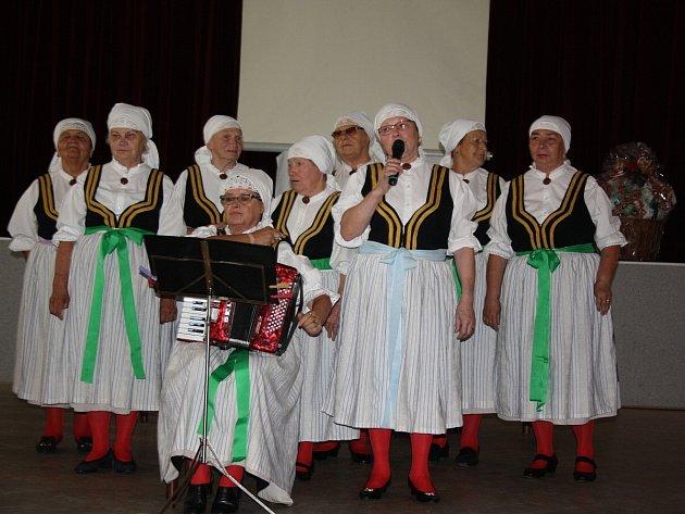 Seniorden se jmenovala sobotní akce rychvaldské organizace Červeného kříže, která v tamním domě kultury připravila den plný zábavy, zajímavých přednášek i poučení.