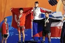 Alexandr Džobák (vpravo) vybojoval na ME bronz v nadhozu.