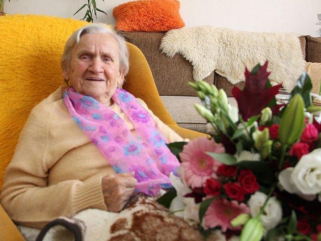 Paní Marie Krejčiříková se dožila 100 let.