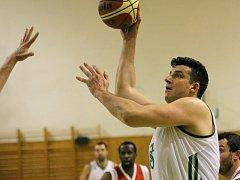 Roman Halík, opora týmu v předešlých sezonách, by měl v Karviné pokračovat.