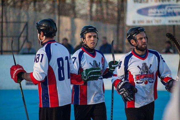 Karvinští hokejbalisté budou vnejvyšší soutěži jediným zástupcem Moravy a Slezska.