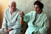 Na šamanský bubínek hráli pacienti při prvním sezení.