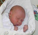 Mateo Hrk se narodil 22. října paní Elišce Hrkové z Karviné. Po porodu miminko vážilo 3300 g a měřilo 49 cm.