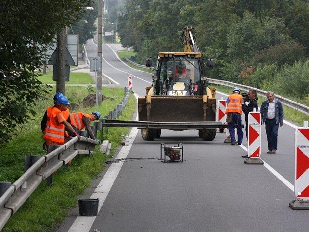 Zahájení stavby chodníku mezi Havířovem a Těrlickem.