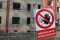 Společnost Heimstaden začala s demolicemi 11 vchodů v neobydlených domech v křižovatce ulic Fryštátská a kpt. Jasioka v Havířově.