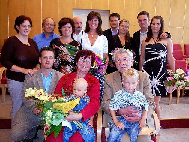 Manželé Jaroslav a Leokardie Blinkovi z Orlové oslavili zlatou svatbu