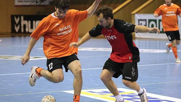 Futsalová liga Karvinska je v plném proudu.