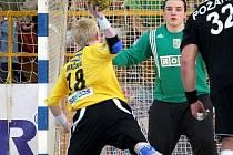 Házenkáři Karviné na zuberském turnaji o Valašský pohár třikrát těsně prohráli.