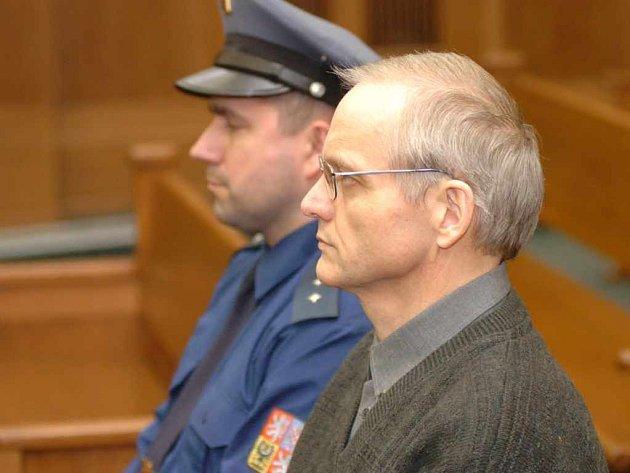 Vrchní soud v Olomouci rozsudek pro Leopolda Charváta potvrdil.
