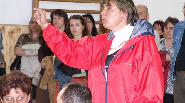 Na ZŠ Vítězslava Nezvala se uskutečnila velmi žhavá debata o jejím zrušení.