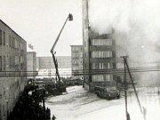 Davy zvědavců sledují novoroční tragédii v roce 1969