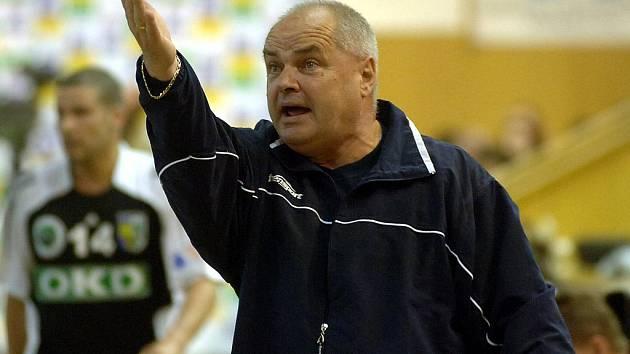 Ivan Hargaš zůstane v kronice karvinské házené zapsán jako první trenér, který s Baníkem získal titul mistrů v éře samostatné České republiky. A hned přidal další dva.