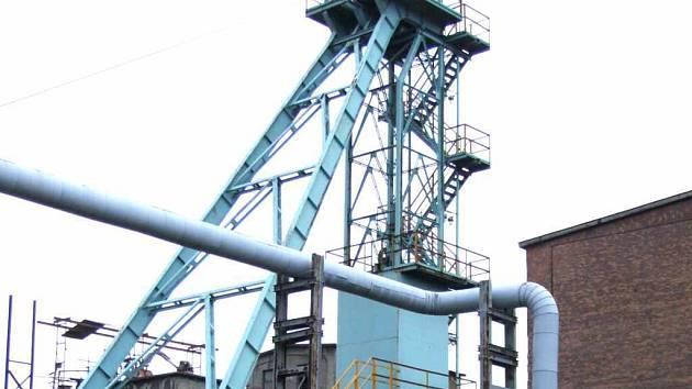 Do šrotu a k následné recyklaci jsou určeny i ocelové těžní věže.