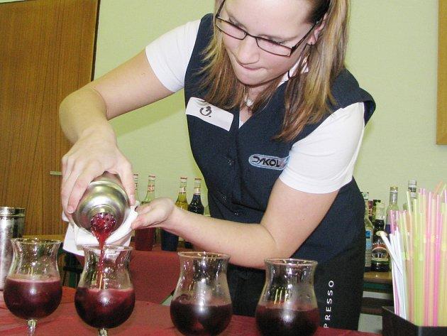 Budoucí barmnaka Tereza Badáňová.