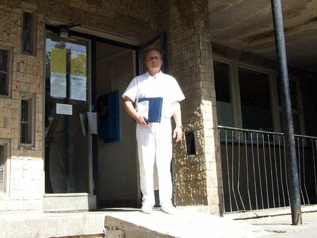 Mezi lékaři, kteří za střediska bojovali, je i gynekolog Rostislav Graňák.