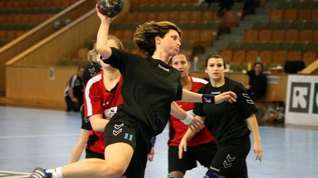 Nikola Schovancová se stala nejlepší střelkyní svého týmu v pohárovém duelu s Priorem Olomouc.