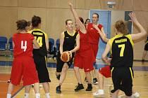 Basketbalistkám Havířova domácí turnaj moc nevyšel.