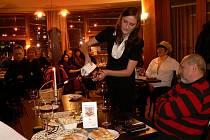 V Noivě si dali dostaveníčko s vínem, vinaři a sommeliéry všichni, kteří se snaží tomuto nápoji porozumět.