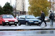 Motoristé nabízející své automobily k prodeji na Centrálním parkovišti riskují postih.