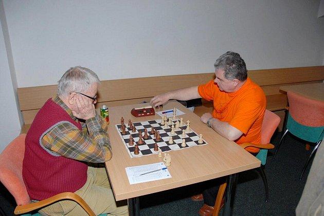 Šachisté si v Karviné zahrají na turnaji O pohár primátora.