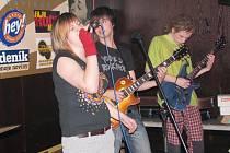 Radegast Líheň 2009 začala. Vítězství a postup si zajistila frenštátská kapela Bagpipers