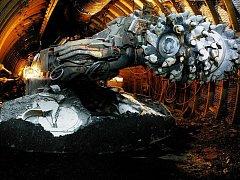 Důlní kombajn, který bude vystaven na náměstí ve Fryštátě
