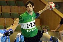 Michalu Kuchařovi se dařilo v duelu svého staršího dorostu. Dal 11 branek.